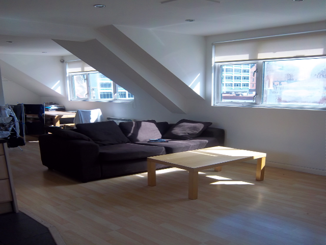 1 Bedroom Flat in Whitechapel Road, Whitechapel Station E1 1DT