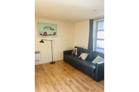 2 Bedrooms Apartment in Bacon Street, Shoreditch E2 6DY