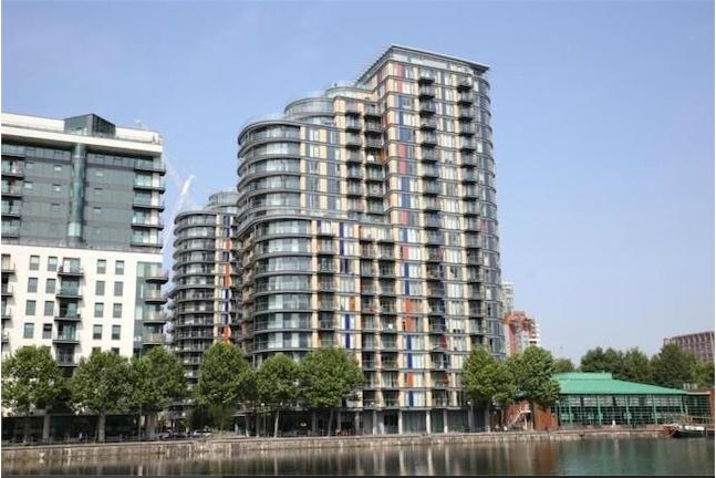 1 Bedroom Flat in Ability Place, CANARY WHARF E14 9HB
